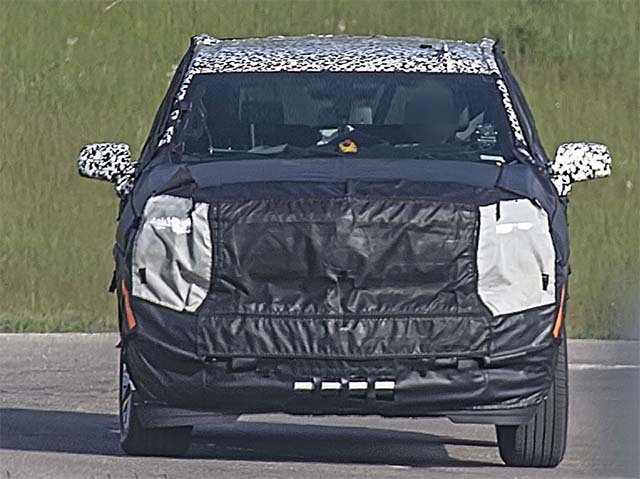2020 Chevy Suburban front