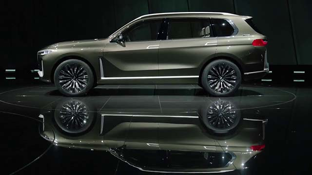 2019 BMW X7 debut