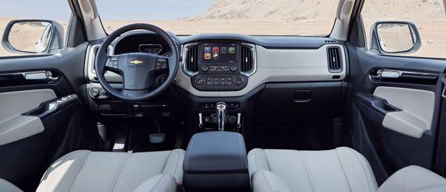 2019 Chevy Trailblazer LTZ interior