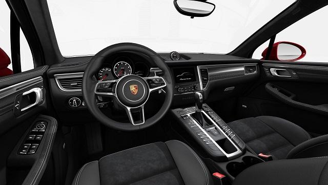 2019 Porsche Macan Turbo interior