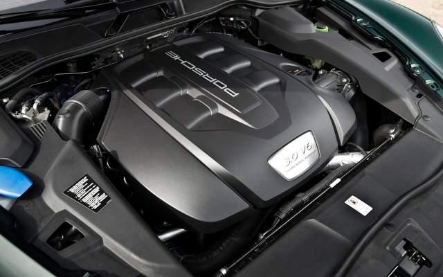 2020 Porsche Cayenne diesel engine