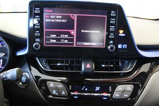 2020 Toyota C-HR AWD apple car play android auto