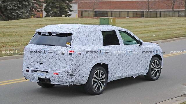 2021 Nissan Pathfinder spy shots