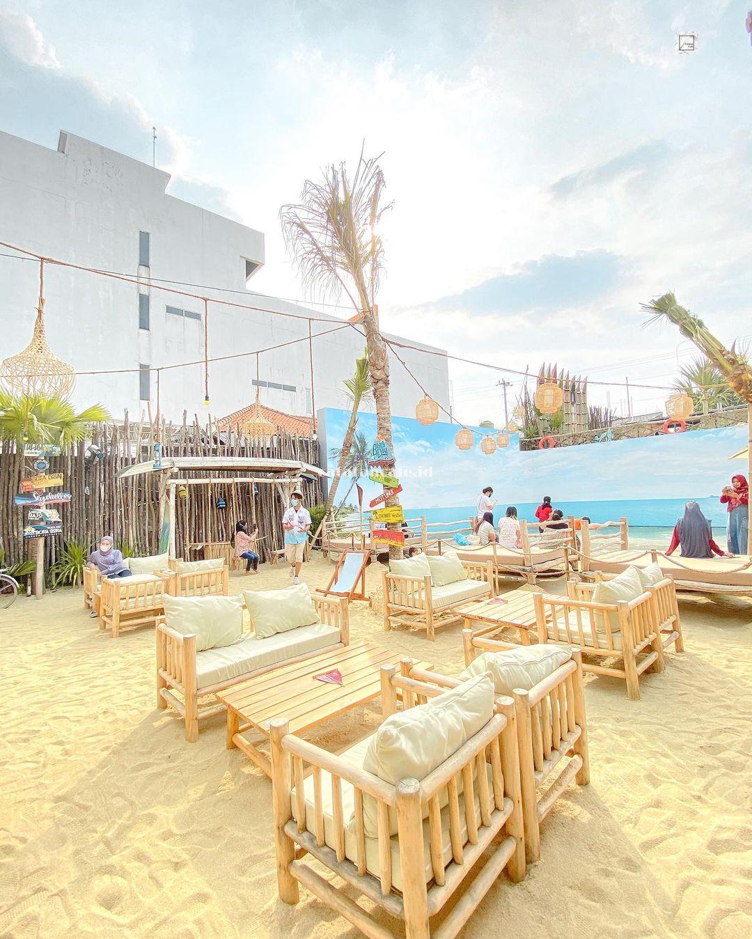 Beachday Restoran Semarang