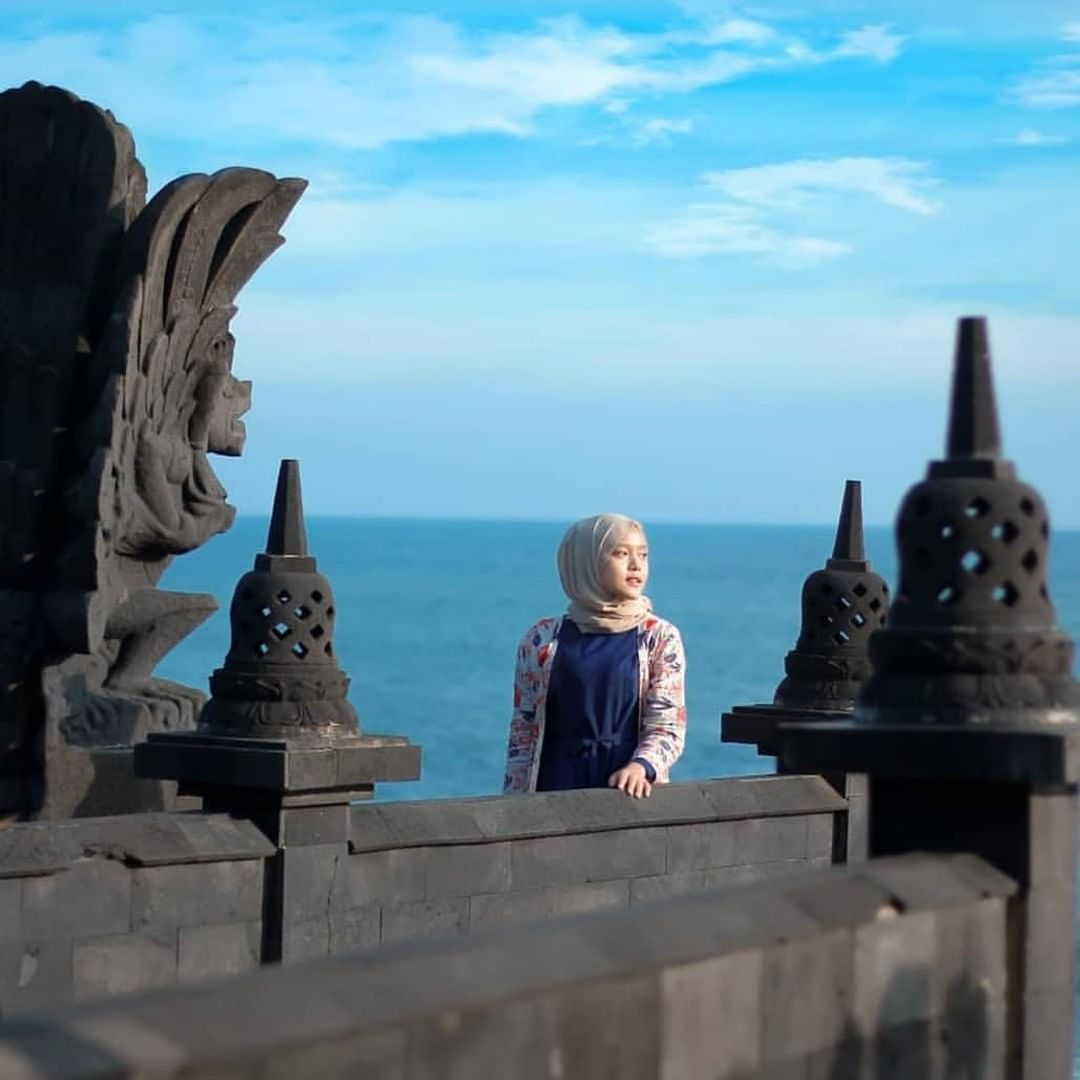 Pantai NGOBARAN Jogja