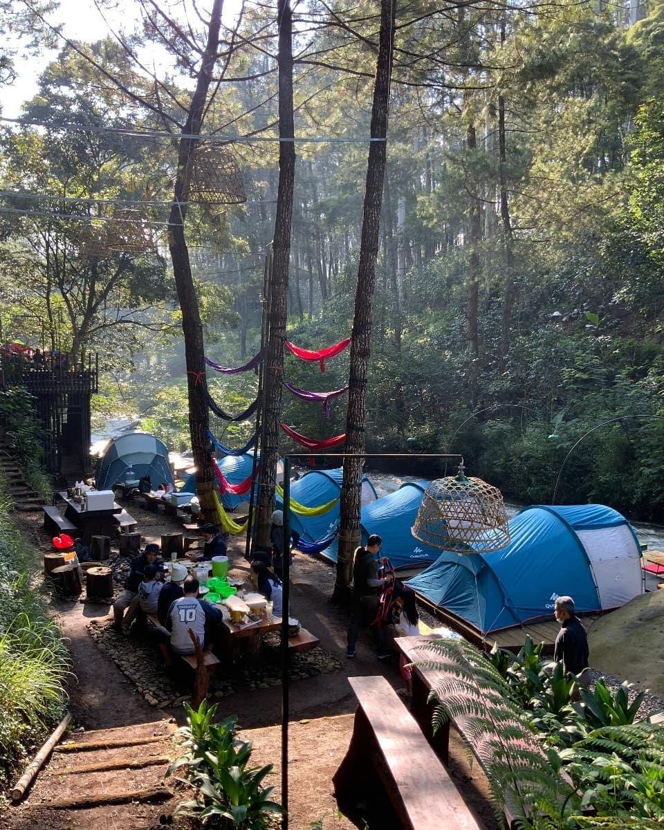 Pineus Tilu Camp Ground Bandung