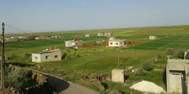 """قرية """"المغير"""" الحدودية.. منقطعة عن العالم والخدمات معدومة"""