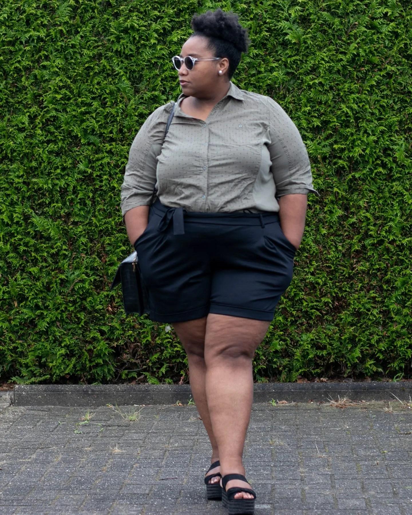 Het Grote Geheim Zo Draag Een Korte Broek Als Plus-size Vrouw