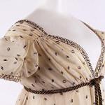 1810 cotton metallic thread met interesting neckline cropped