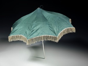 Silk parasol, ca. 1811, Victoria and Albert Museum.