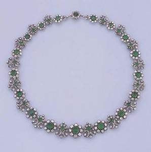 Necklace 41.9 cm long, circa 1810.