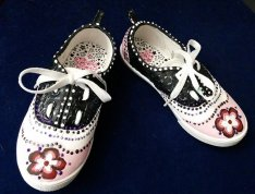 Acrylic on Canvas Shoes by Suzanna