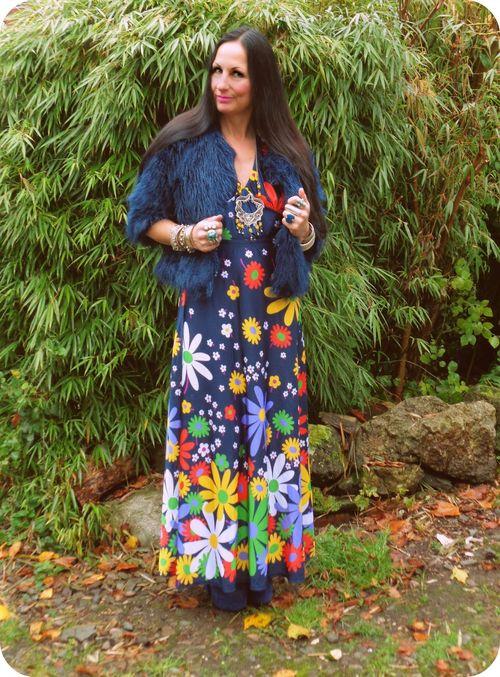 How to wear a vintage maxi dress vintage vixen