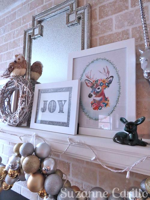 Christmas mantel decorations