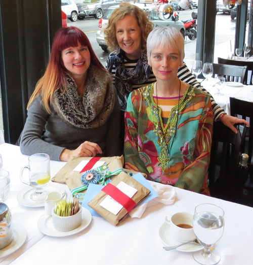 A Colourful Canvas, Bag and a Beret, Suzanne Carillo blogger meet up.