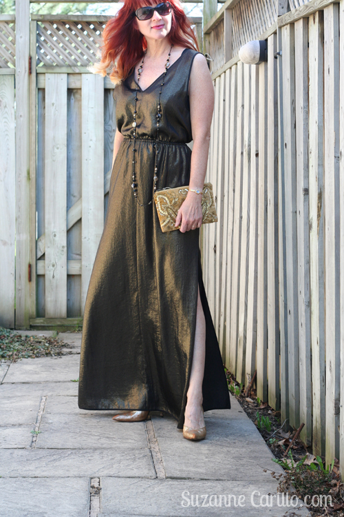 maxi dress style for women over 40