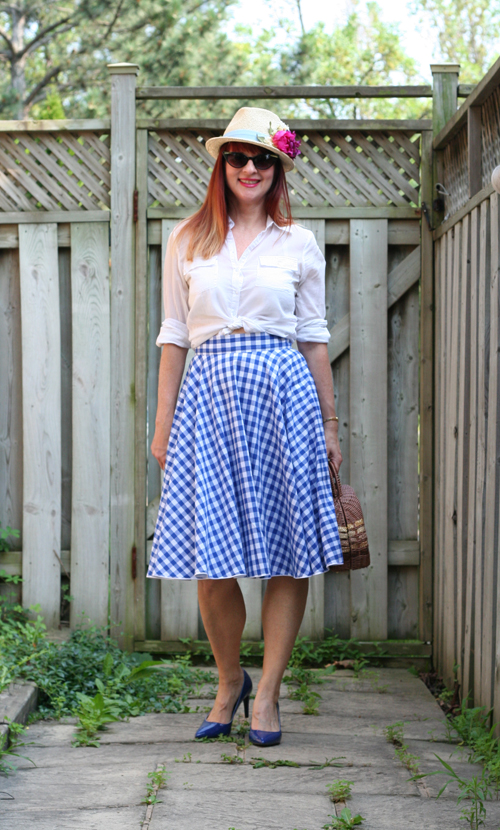 how to wear gingham for summer retro inspired fashion for women over 40