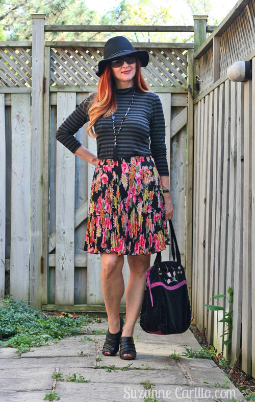 5 ways to wear a pleated skirt for fall