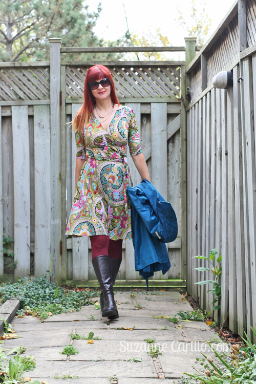 how to wear a bold patterned dress for fall suzanne carillo