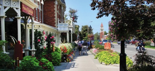 niagara on the lake summer