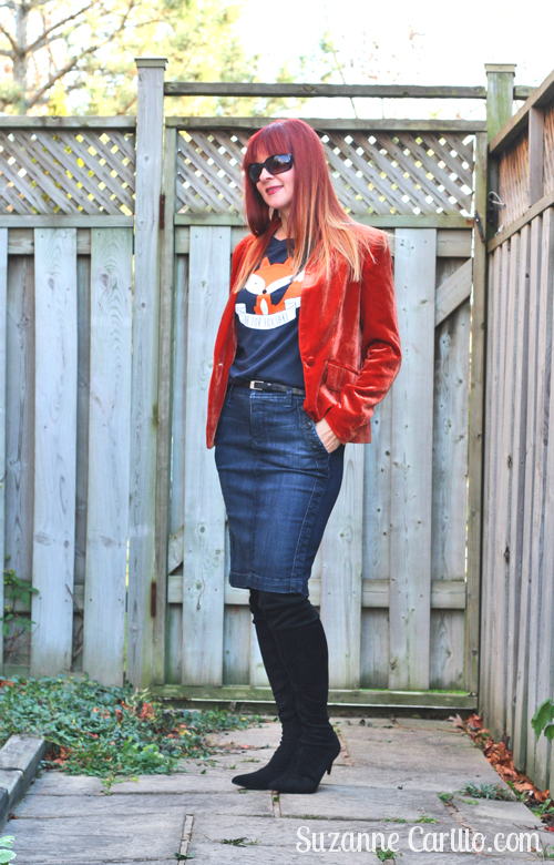 styling a graphic t-shirt over 40 suzanne carillo