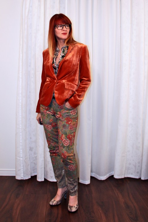 orange velvet blazer outfit for fall suzanne carillo style files