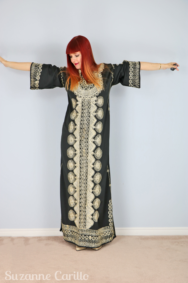 Vintage 1970's black and gold XL kaftan for sale vintagebysuzanne on Etsy