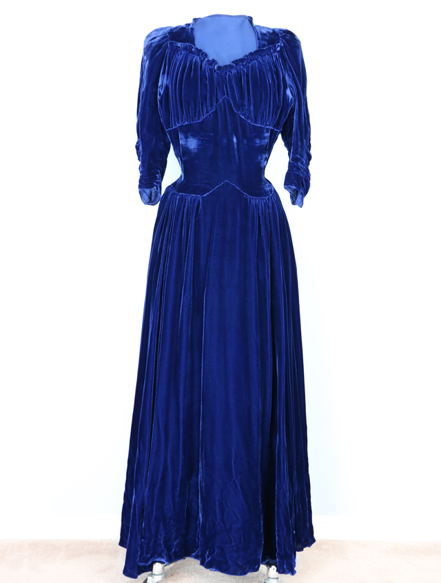 1940s-vintage-royal-blue-velvet-wedding-gown-for-sale-vintage-by-suzanne-on-etsy