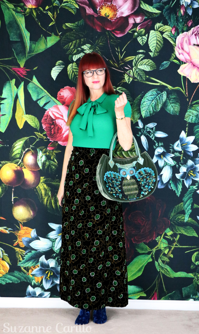 how to style a maxi skirt for fall. how-to-wear-a-velvet-maxi-skirt-when-you-are-petite