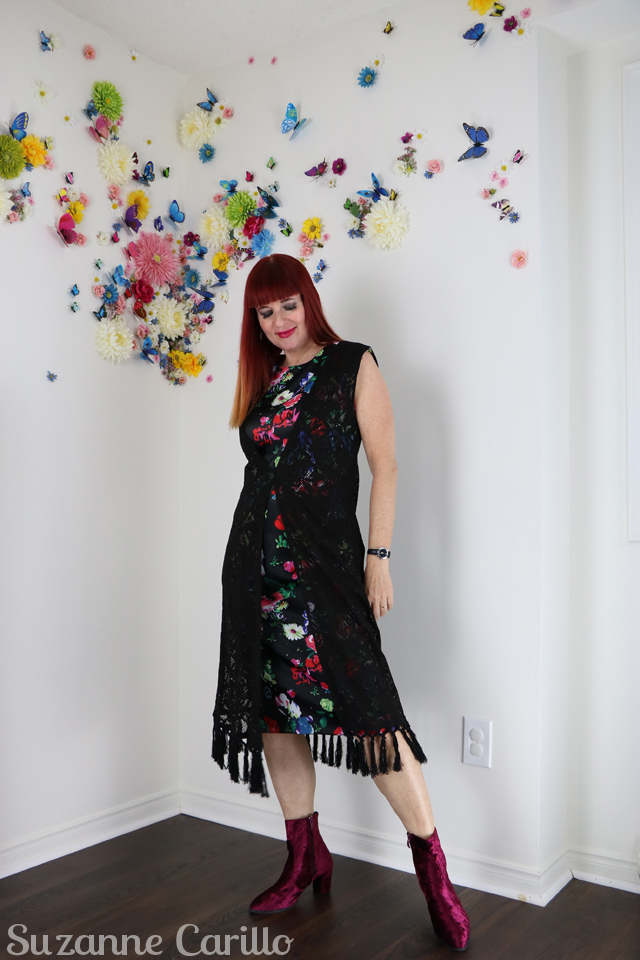 how to mix florals with lace over 40 style for women