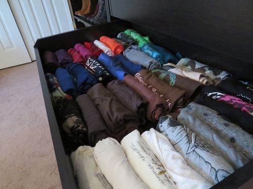 What the average American woman has in her closet. Organized tshirts suzanne carillo