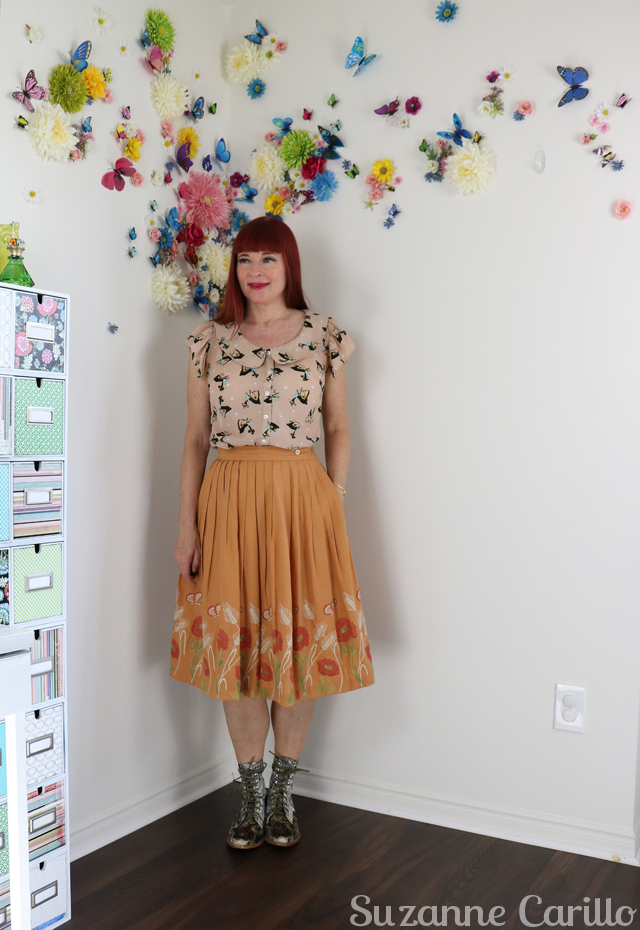 wear a vintage midi skirt over 40 suzanne carillo style