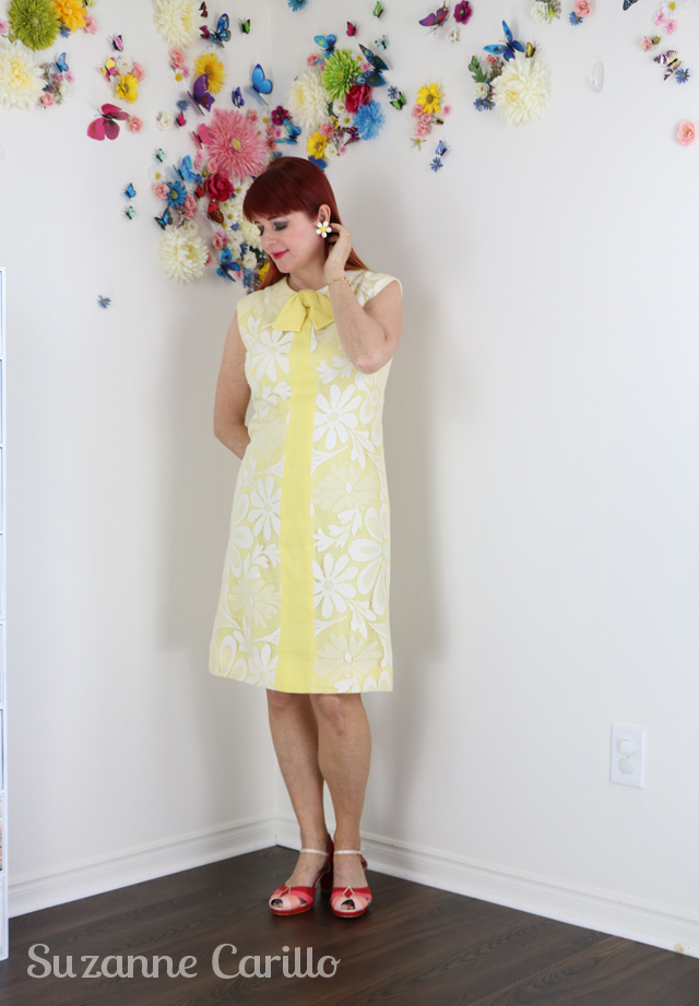wear vintage clothing over 50 suzanne carillo style