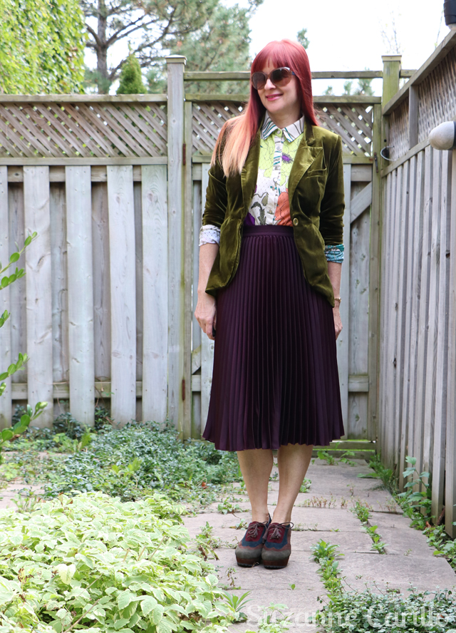 pleated skirt for fall suzanne carillo style
