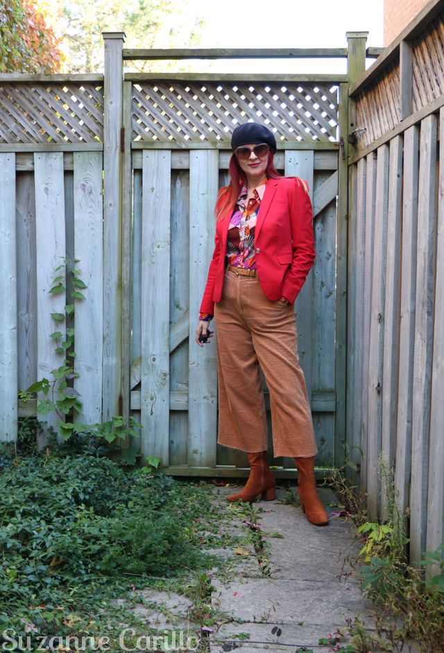 how to wear vintage clothing over 40 suzanne carillo style