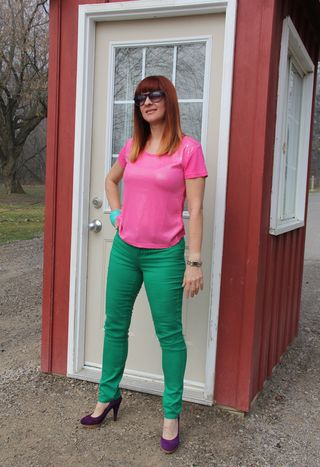 Green_jeans_pink_top