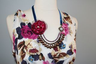 Purple_flower_dress_necklace