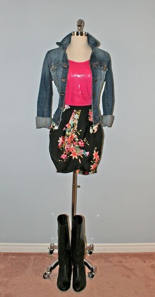 Pink_sequins_jacket_collar_up_form