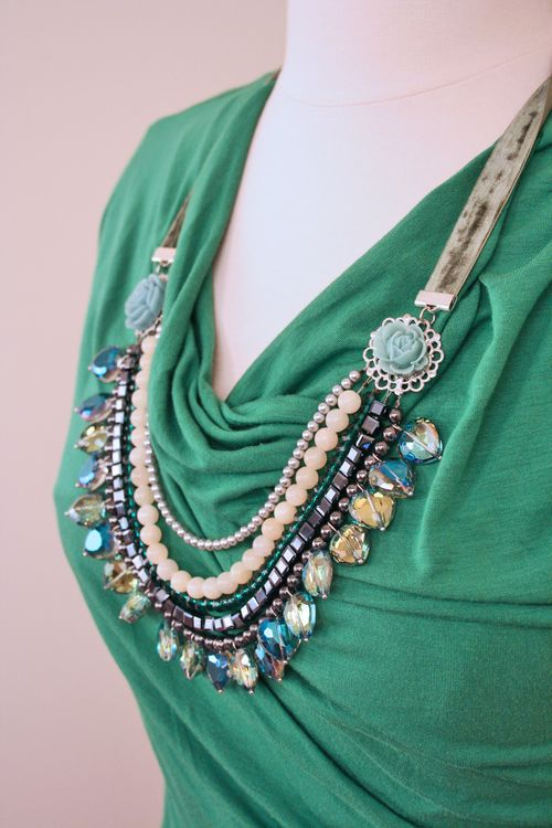 Silver grey blue green crystal necklace 1000