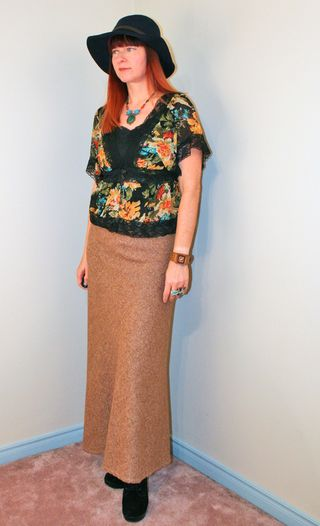 Brown long tweed skirt