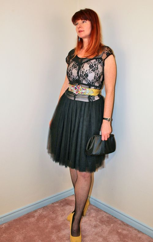 Black tulle skirt lace top yellow heels