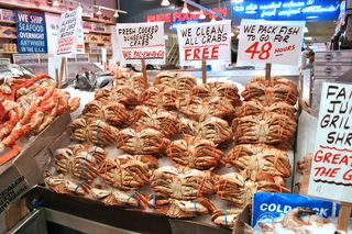 Crabs at market