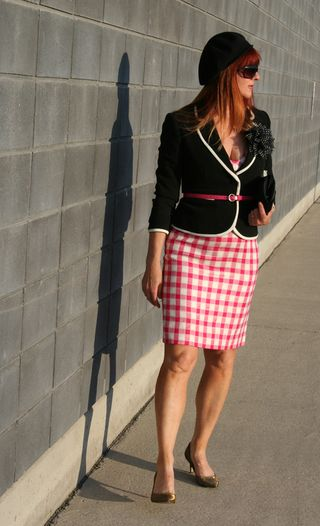 Black blazer pink belt