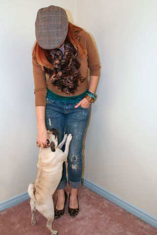 Distressed jeans poorboy hat pug love