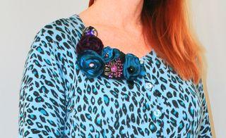 Necklace brooch