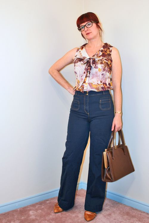 Floral bow blouse high waisted jeans