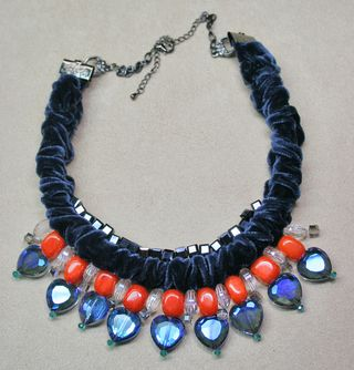 Orange blue heart velvet necklace1000