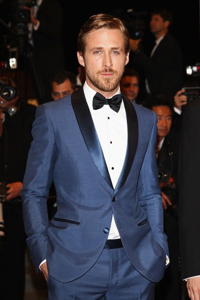 Ryan-gosling-salvatore-ferragamo-blue-shawl-collar-custom-made-tuxedo-2