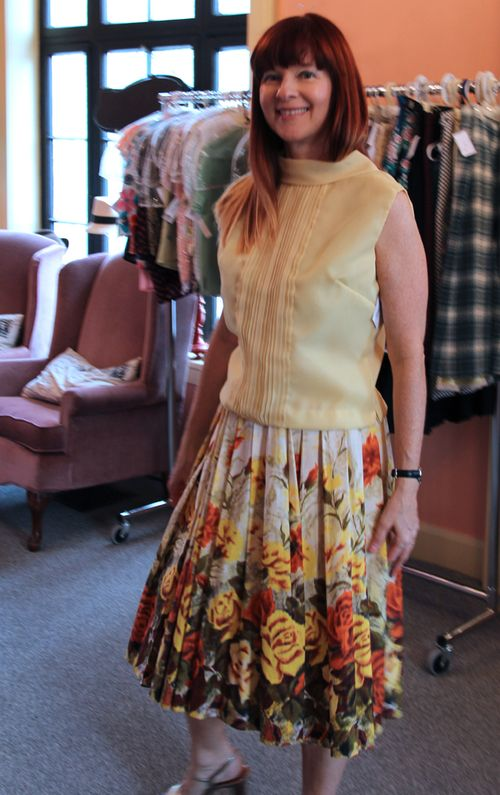 Vintage yellow floral skirt