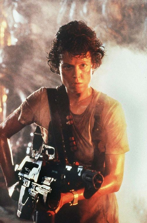 Sigourney-Weaver-as-Ripley-in-Aliens-alien-aliens-8255352-800-1213